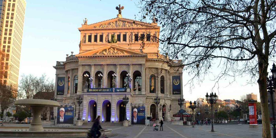 estudiar en alemania opera house